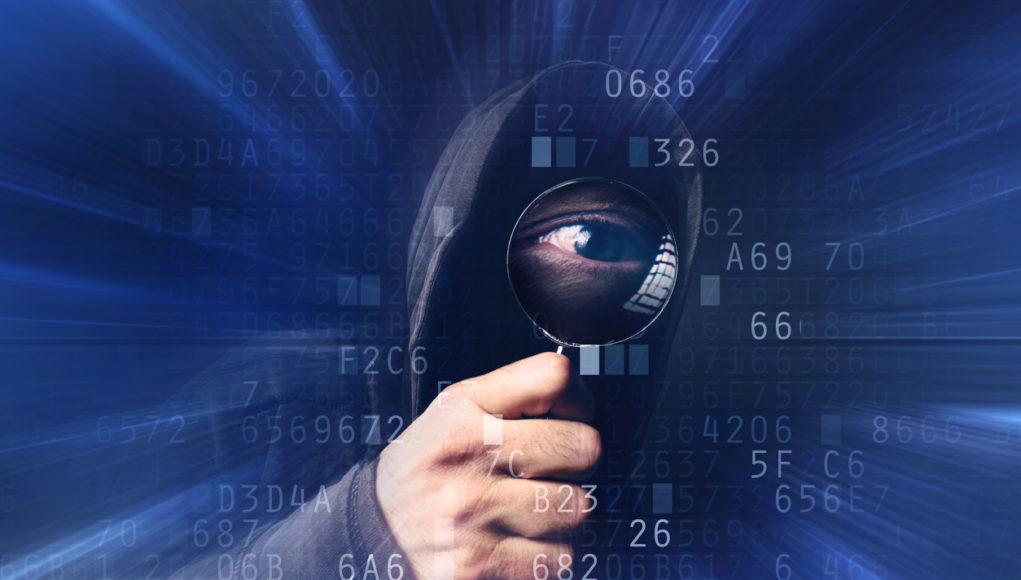 La ciberseguridad en el sector salud es esencial para defenderse, sobre todo por su hardware obsoleto y las prácticas deficientes de su personal.