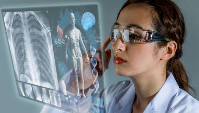 El monitoreo de redes en salud permite al equipo TIC vigilar el funcionamiento del ecosistema IoMT mientras los médicos se concentran en los pacientes.