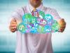 La nube en salud ofrece ventajas y desventajas al operar datos y servicios por parte de los hospitales, tanto públicos como privados.