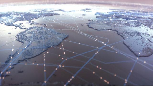 La localización de datos en la nube es un dilema. Mantenerlos dentro de las fronteras o dejar que fluyan entre países es una de las encrucijadas.
