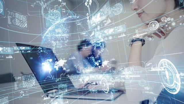 La NLP en el gobierno es una rama de la inteligencia artificial que estructura los datos no estructurados, volviéndolos útiles para las tareas cotidianas.