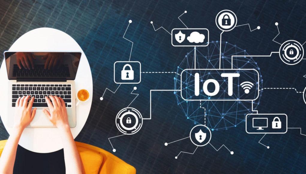 La IoT en la educación superior plantea riesgos y oportunidades. Hay que estar atento a temas de ciberseguridad, privacidad y propiedad de datos.